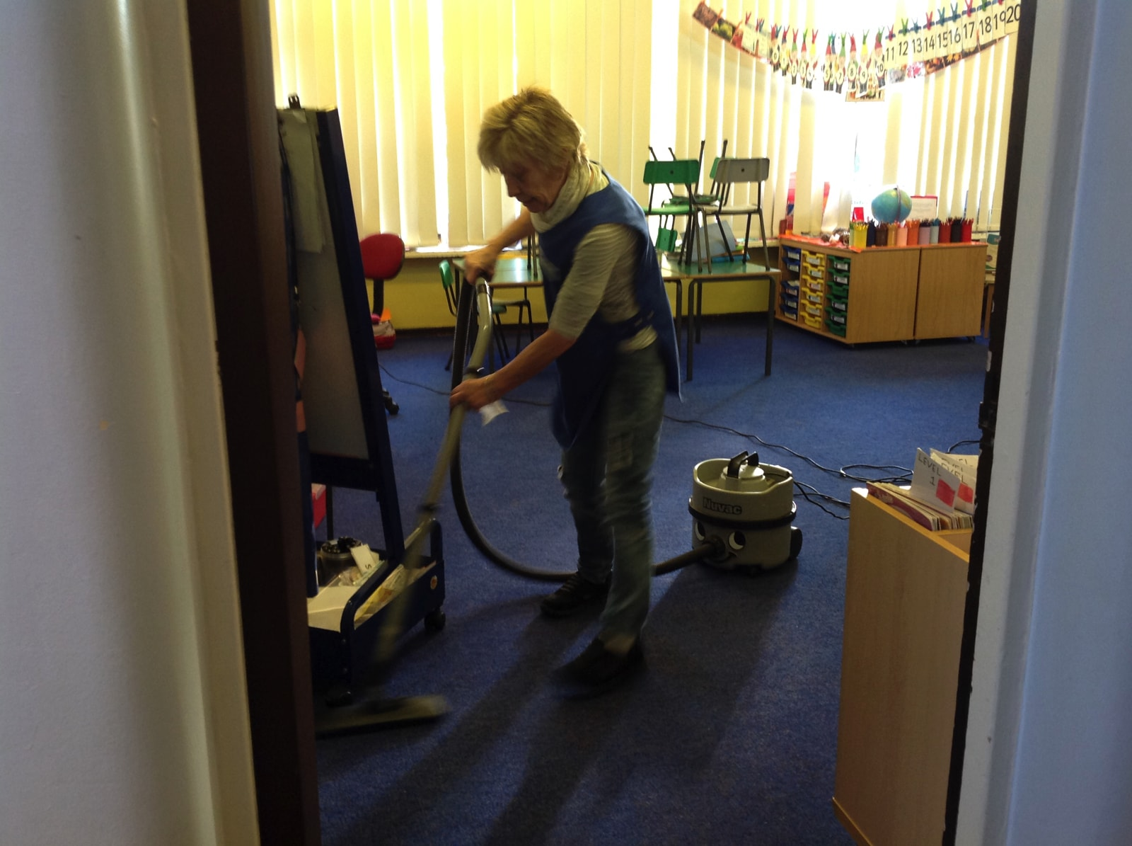 trustclean_contract_cleaning_school_33